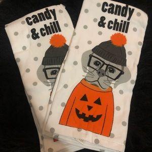 Cynthia Rowley Halloween Kitchen Towels 💀